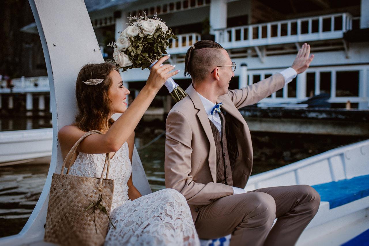 Miniomki w drodze na ślub na Filipinach 3