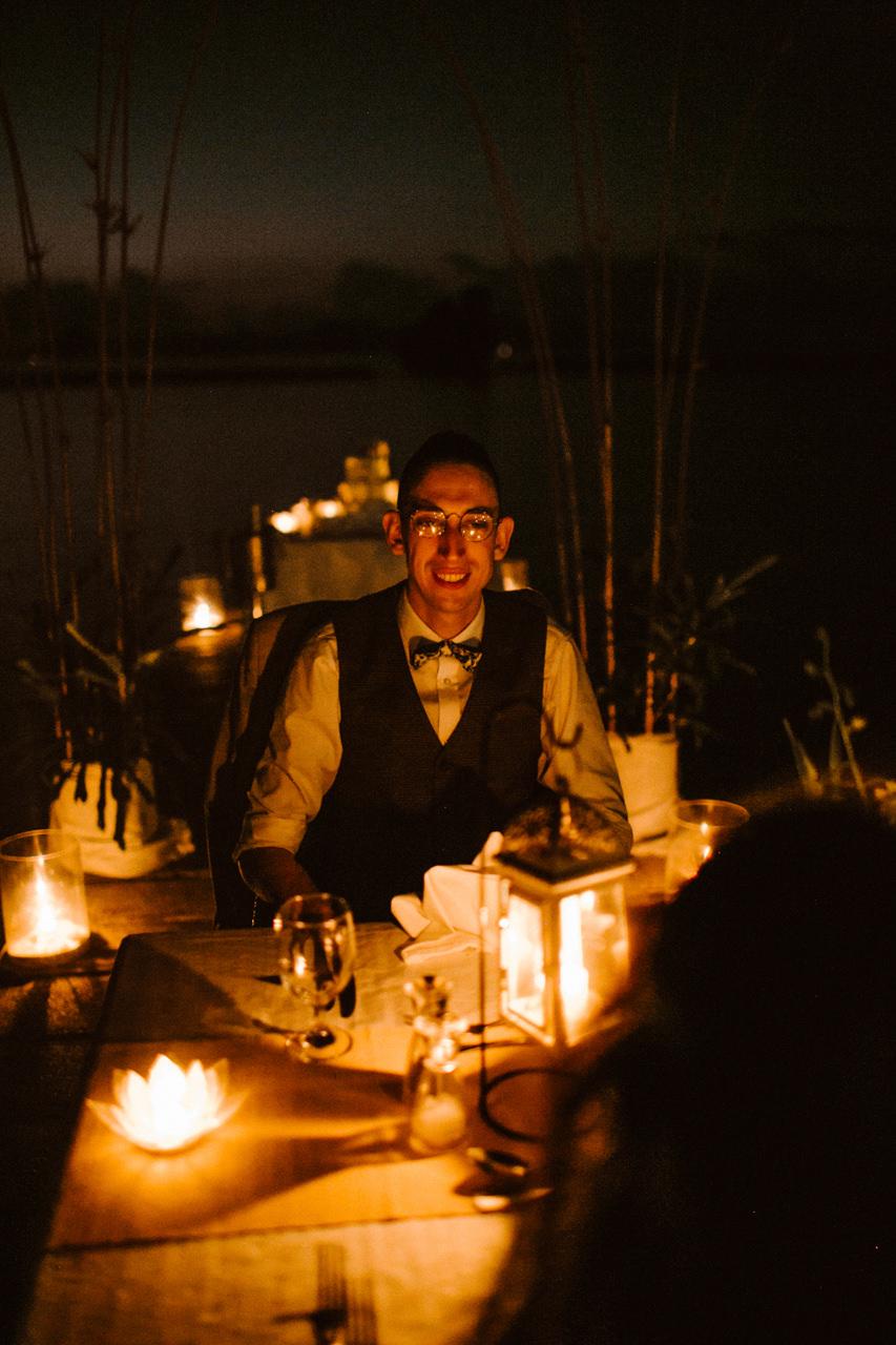 Miniomki Pan Młody na kolacji ślubnej na Filipinach
