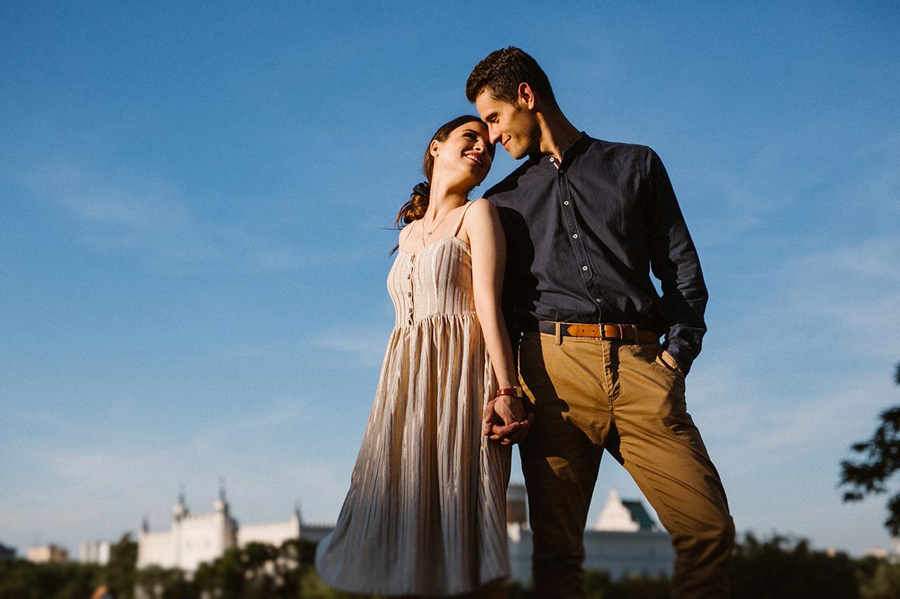Paulina i Tomek - sesja narzeczeńska na Starym Mieście w Lublinie 12