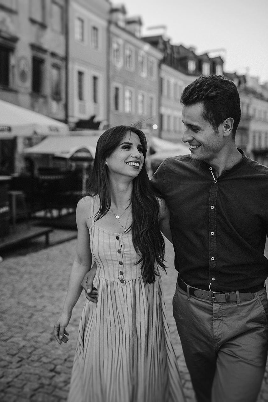 Paulina i Tomek - sesja narzeczeńska na Starym Mieście w Lublinie 14