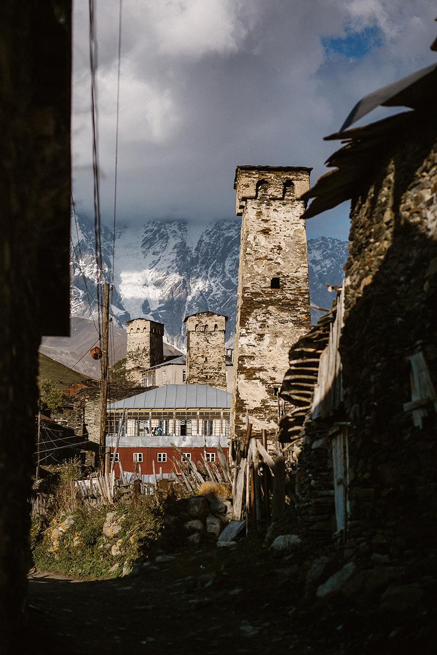 Wieże warowne w Svaneti, Gruzja, Ushguli