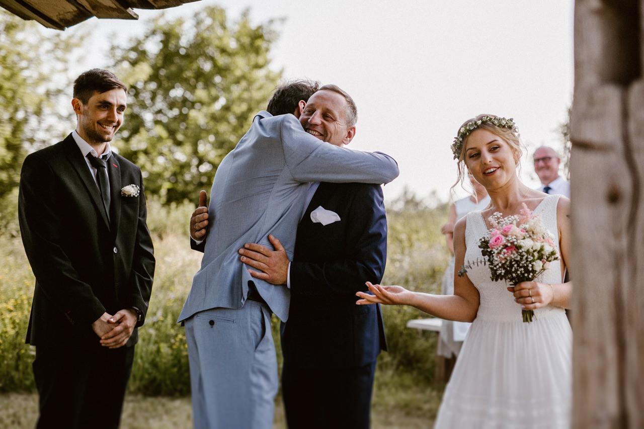 Ślub plenerowy w Łubinowych Wzgórzach 14