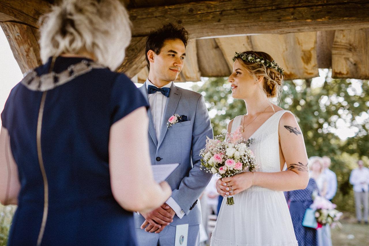 Ślub plenerowy w Łubinowych Wzgórzach 16