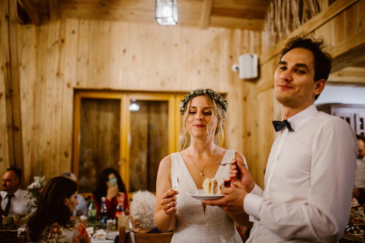 Ślub plenerowy w Łubinowych Wzgórzach 31