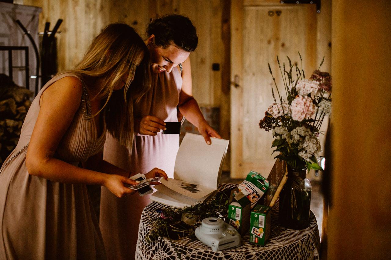Ślub plenerowy w Łubinowych Wzgórzach 32