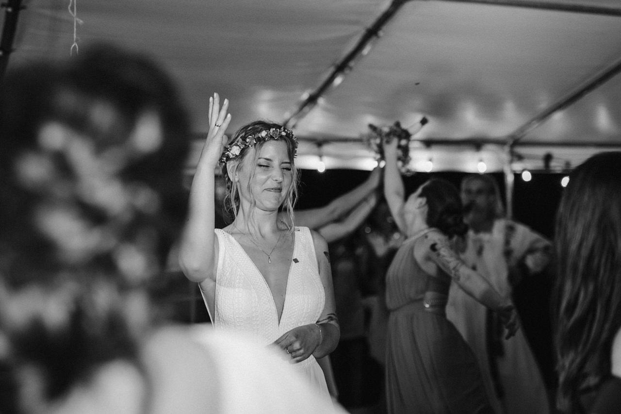 Ślub plenerowy w Łubinowych Wzgórzach 40