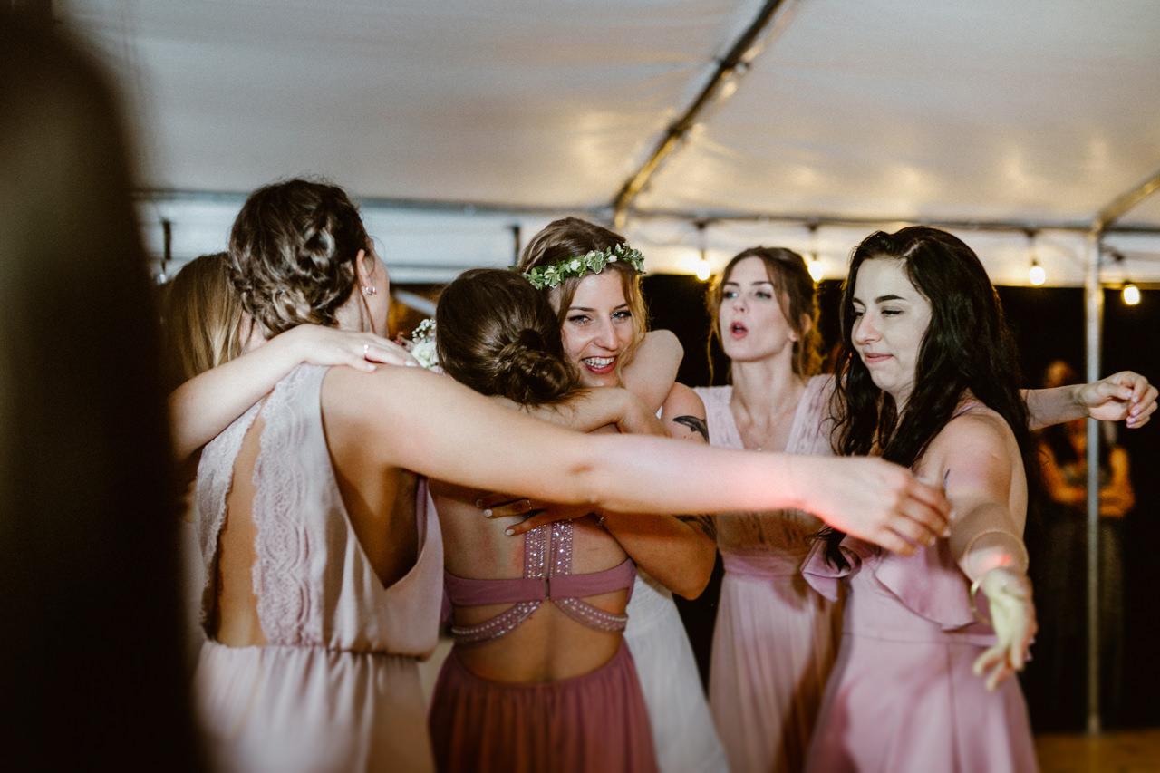Ślub plenerowy w Łubinowych Wzgórzach 41